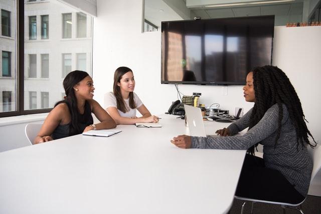 creative employee retention strategies